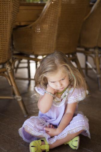 Осенней депрессии подвержен каждый второй россиянин, включая детей.