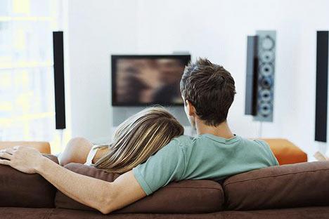 Желаете ещё больше усугубить состояние депрессии, тогда смотрите телевизор