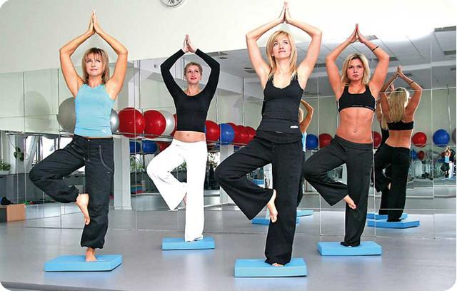 Йога — гармонизирует тело и помогает при депрессии
