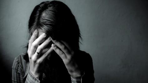 Зная о депрессии, можно предотвратить инсульт у женщины