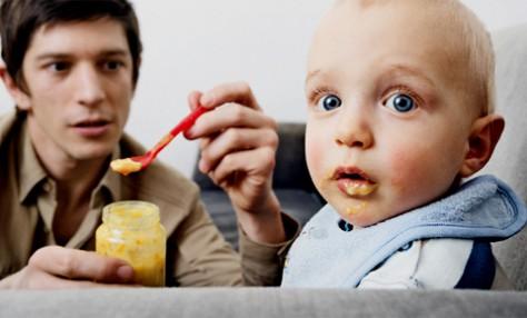Постродовая депрессия отцов ведет к возникновению психологических проблем у детей