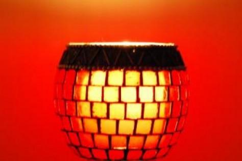 Работать нужно при освещении красных оттенков, а отдыхать в кромешной тьме