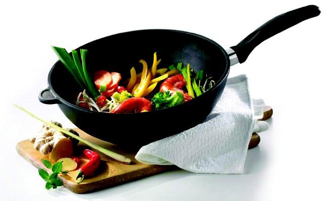 Как же правильно выбрать сковороду безопасную для здорвовья?