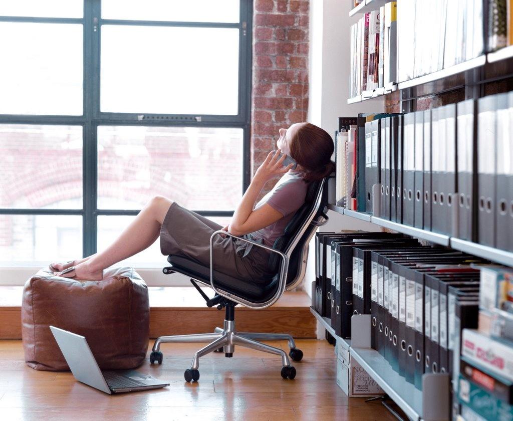 После отпуска большинство людей впадают в депрессию и скучают по беззаботным денькам
