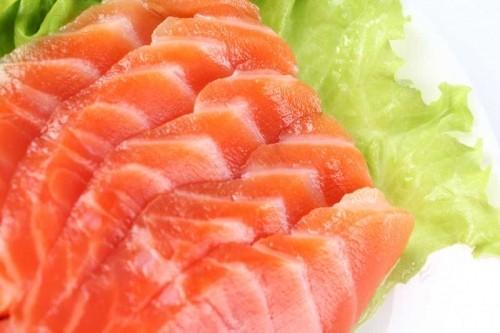 Жирная рыба поможет бороться с депрессией