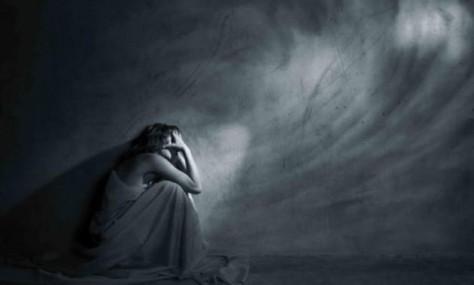 Депрессию вызывает критика в семье