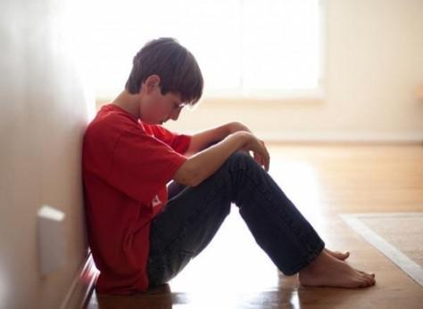 Почему в подростковом возрасте развивается депрессия?