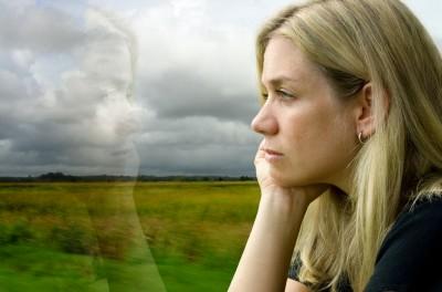 Низкий уровень витамина D вызывает депрессию у молодых женщин