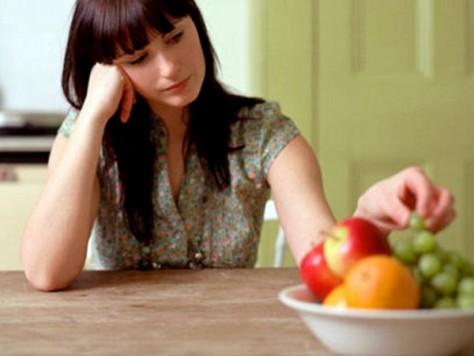 Психологи объяснили, почему депрессия вызывает повышение аппетита