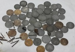 Индиец «лечил» приступы депрессии проглатывая монеты и гвозди