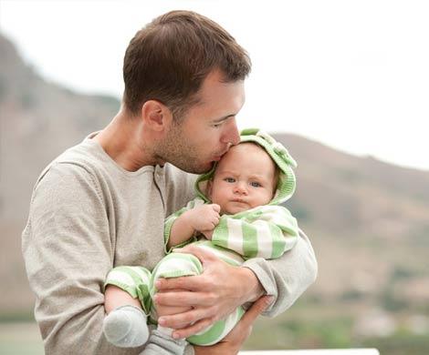 10% молодых отцов страдают от послеродовой депрессии
