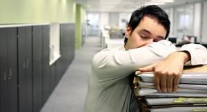 Сон и витамины помогают справиться с сезонной депрессией