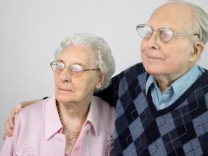 Антидепрессанты против старческой деменции: кто кого?