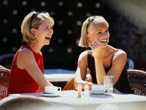 Общение лицом к лицу: лучший способ избежать депрессии