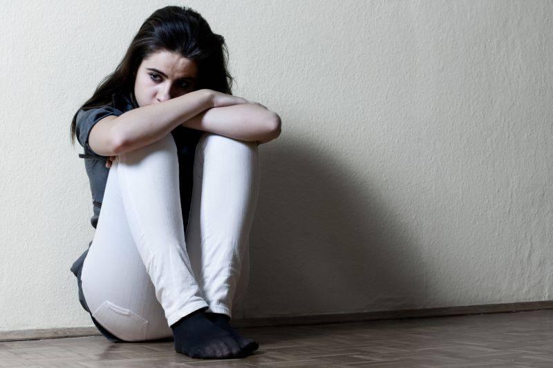 Депрессию у подростков нужно лечить не только антидепрессантами