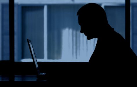 Работа за компьютером ночью является гарантией депрессии