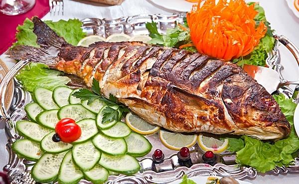 Морская рыба и сладости могут разогнать зимнюю тоску