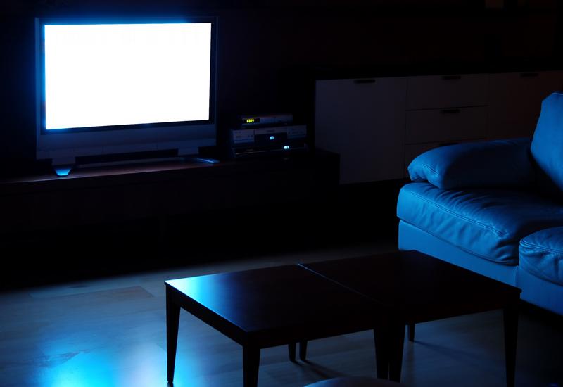 Просмотр телевизора ночью провоцирует депрессию