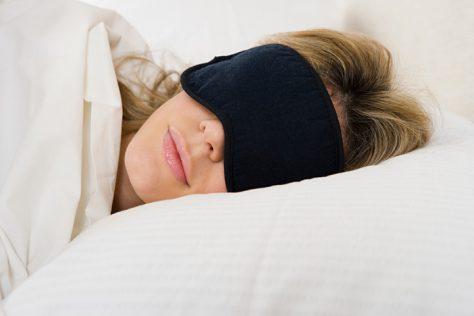 Сон при свете может стать причиной депрессии