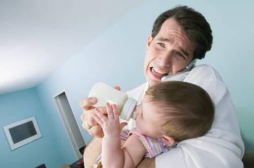 Каждый десятый отец переживает послеродовую депрессию