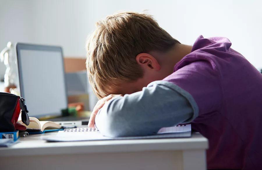 Стресс в подростковом возрасте повышает риск последующего развития депрессии