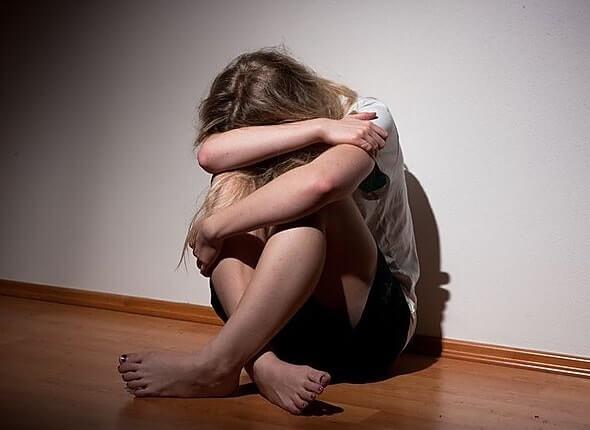 У подростков депрессию нужно лечить не только антидепрессантами
