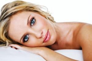 Женщины чаще страдают от болей в шее, особенно в состоянии стресса