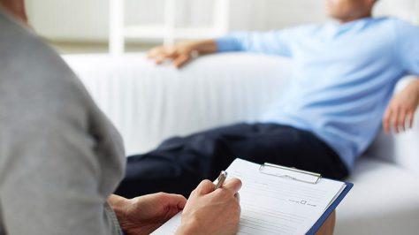 По поступкам нельзя судить о «нормальности» человека — психолог