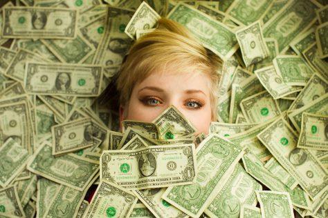 Женщины «болеют» из-за денег