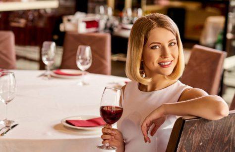 Психиатры: женский цикл влияет на тягу к алкоголю