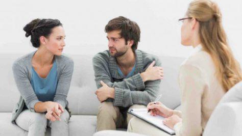 Психотерапия помогает наладить взаимоотношения в семье