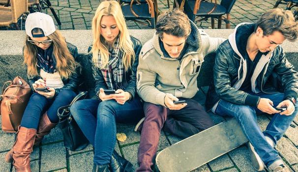 Смартфон наносит вред психическому здоровью