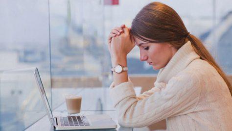 Стресс так же вреден для женщин, как и нездоровое питание