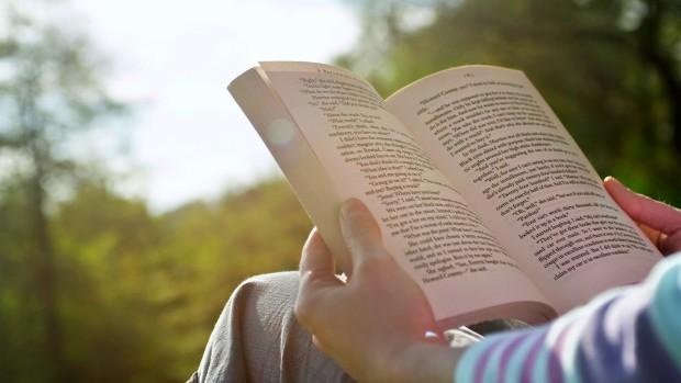 Замедленное восприятие текста может свидетельствовать о развитии болезни Альцгеймера