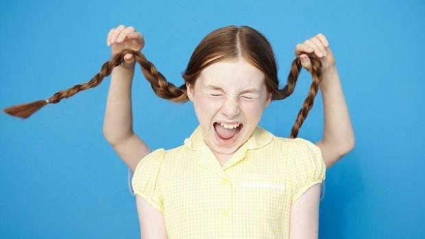 Девочки реагируют на стресс хуже мальчиков