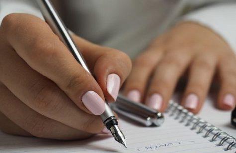 Израильские ученые научились определять настроение человека по почерку