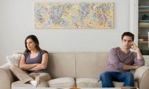 Редкое расстройство мешает мужьям нормально слышать своих жен