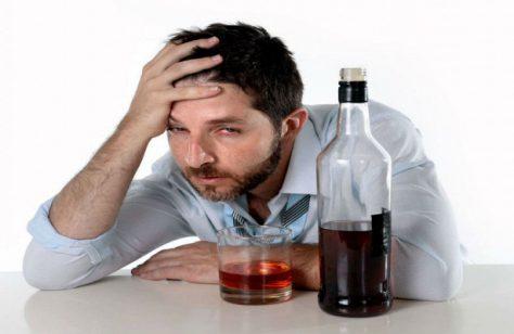 Психологическая усталость от работы приводит к пьянству