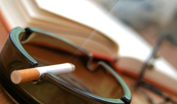 Финский ученый рассказал о связи между курением и развитием психозов