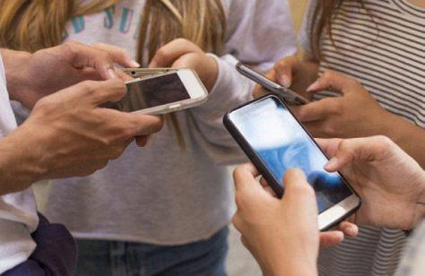 Социальные сети не делают людей более одинокими и изолированными
