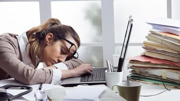 Дневная сонливость повышает риск развития болезни Альцгеймера