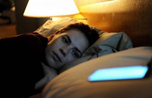 Ученые выяснили, как сон связан с успеваемостью студентов-«сов»