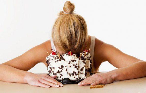 Ученые выяснили, почему стресс приводит к ожирению