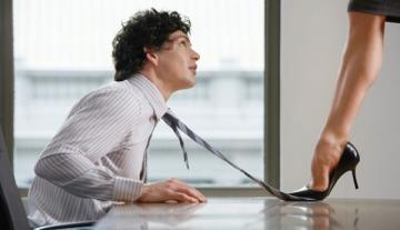 Психологи рассказали, почему девушки работают лучше мужчин