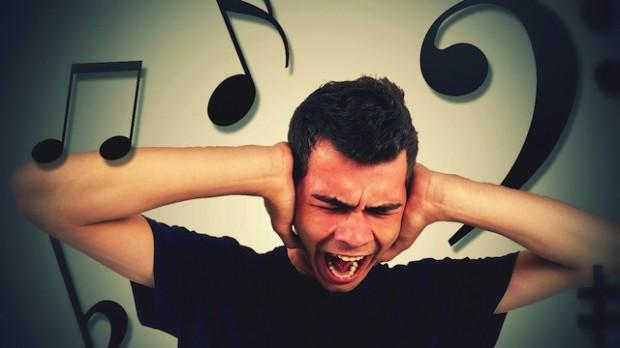 Неврологи учат избавляться от «застрявшей» песни в голове