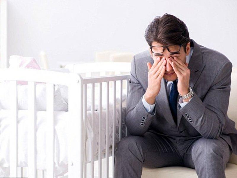 Послеродовая депрессия поражает пап и мам одинаково часто