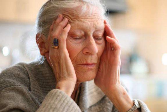 Ученые назвали диету, которая защитит от заболевания Альцгеймера