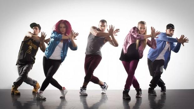 Занятия танцами способствуют выработке гормона счастья