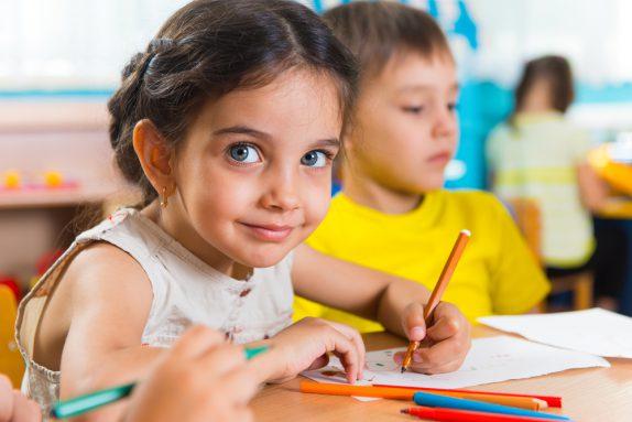 Как подготовить своего ребенка к началу учебного года — и подготовиться самим