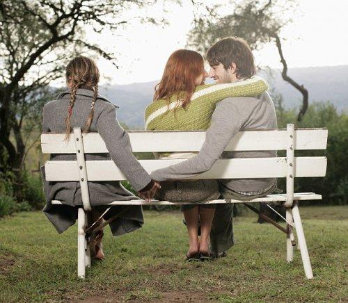Названы две главных причины супружеских измен